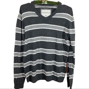 Aeropostale Gray /White Stripe Pull over Sweater M